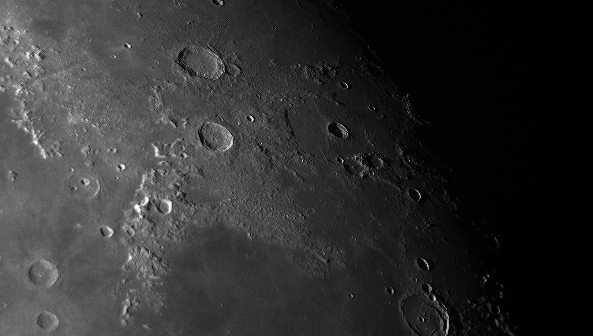 5daa1d4a19577_Moon_054939_181019_ZWOASI290MM_Rouge_23A_AS_P40_lapl4_ap340ast.jpg.08010cd92487efb925f5e76edffcb6c3.jpg