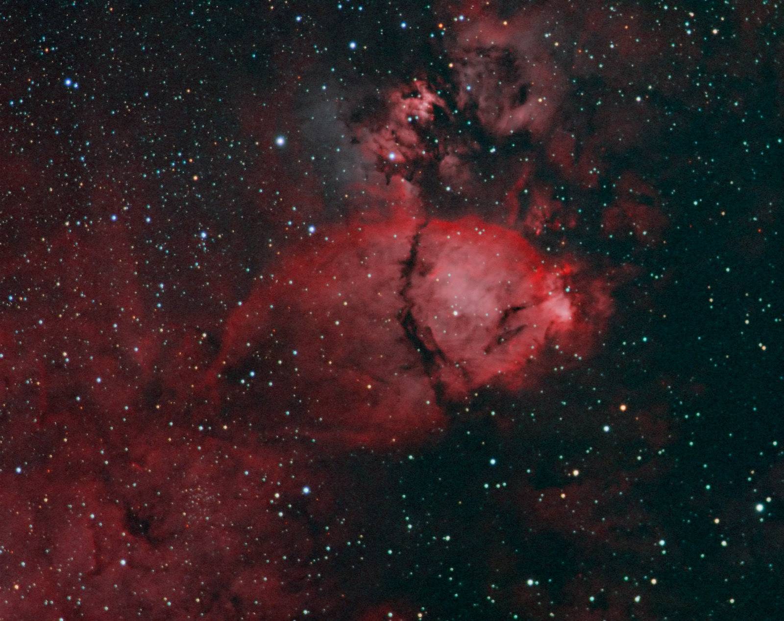 IC1795_HOO-RGB_minus-red_web.jpg