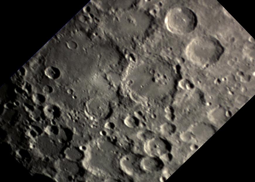 Moon_barlow_Walther_Deslandres_oriented.jpg.c569eadd62390f2177b89bc83b17c005.jpg