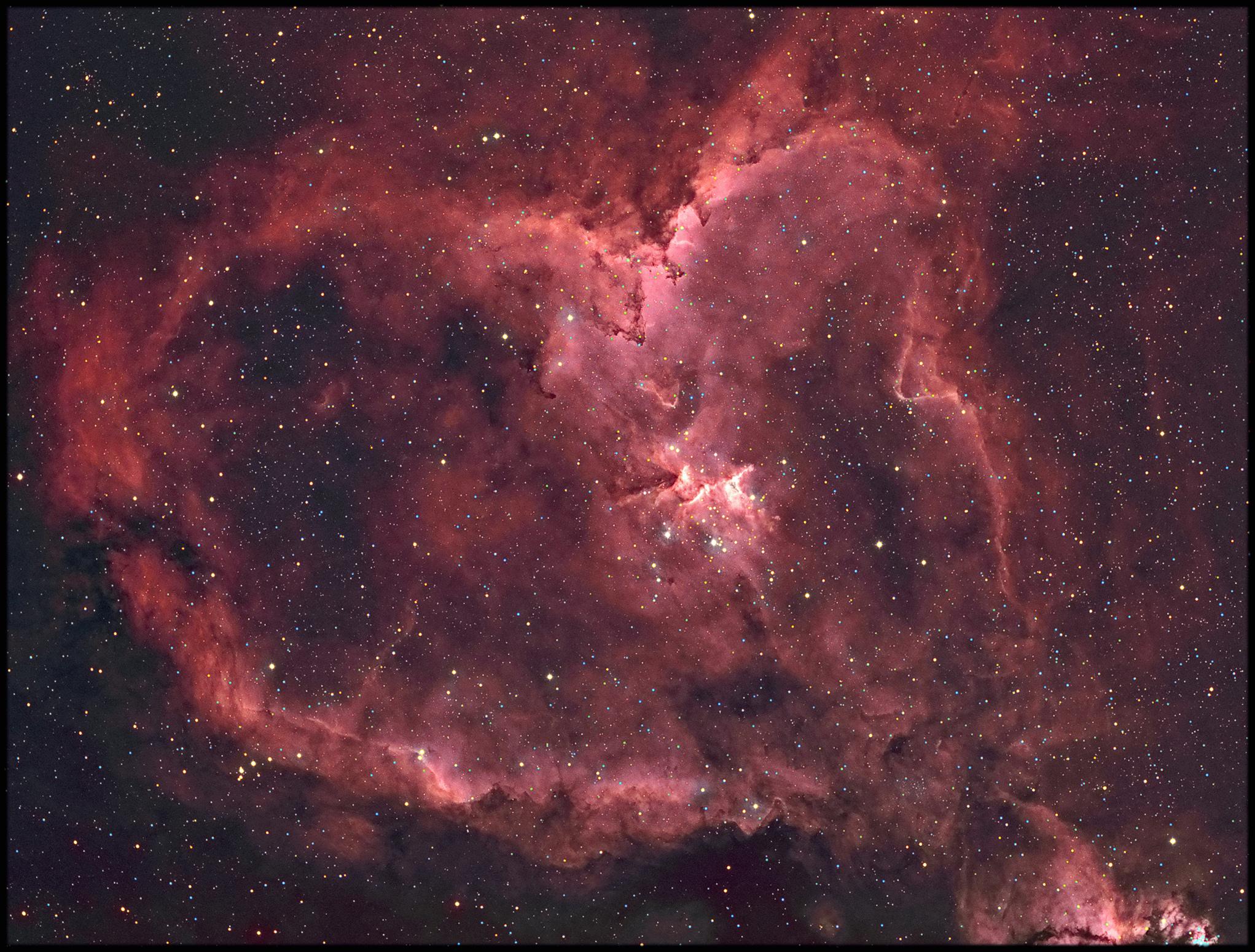 IC1805-HOO-.jpg