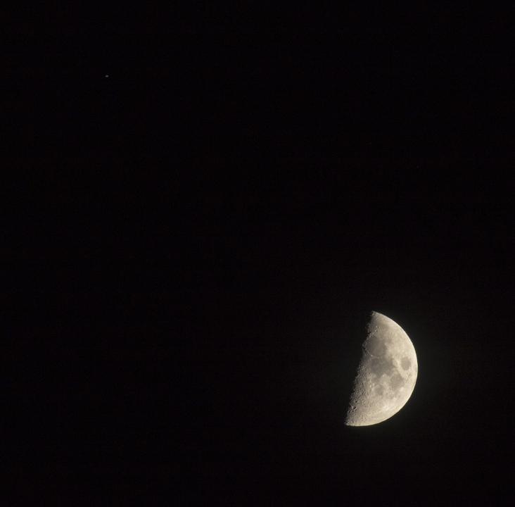 la lune le 04/10/2019  (42050raw jpeg)