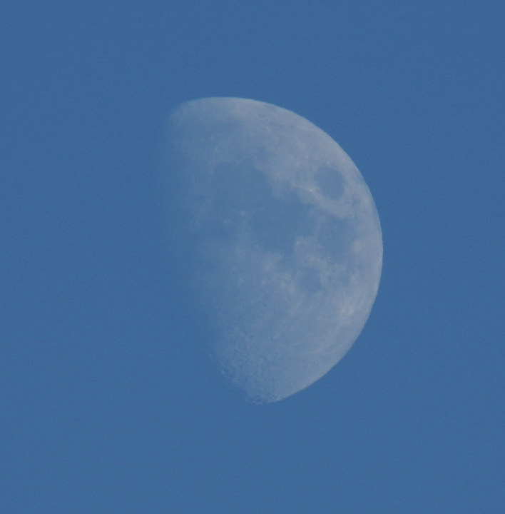 la lune le 07/10/2019 (42182 raw jpeg)