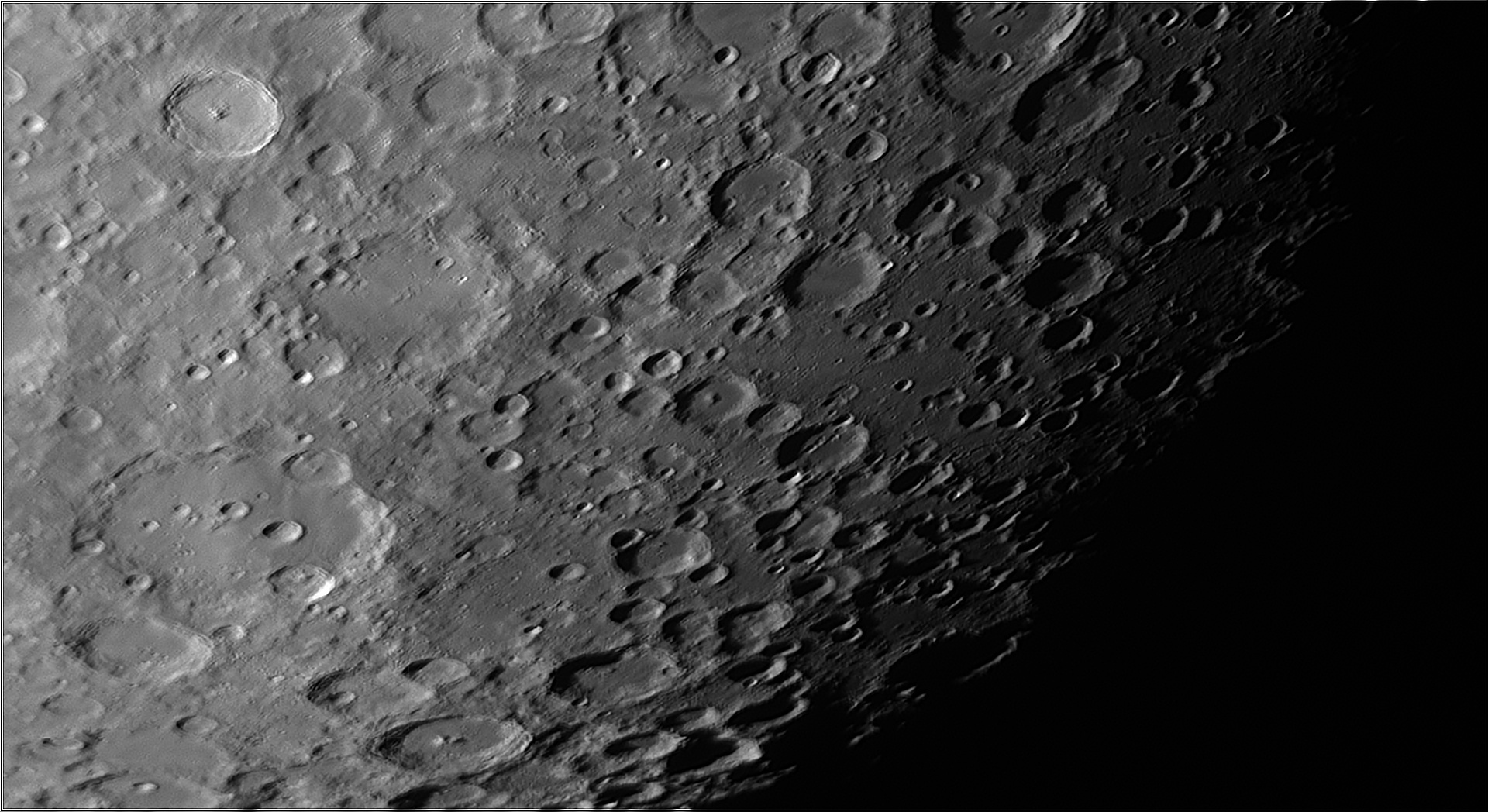 5dd1be3a8d011_Moon_074303_171119_ZWOASI290MM_IR_650nm_AS_P30_lapl4_ap808.jpg.dbc5a40b65738dcb47dea93cf7374f44.jpg
