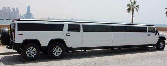 hummer-h2-luxury-limousine.jpg.5f776a327b46db43912e38cf6b4f320a.jpg
