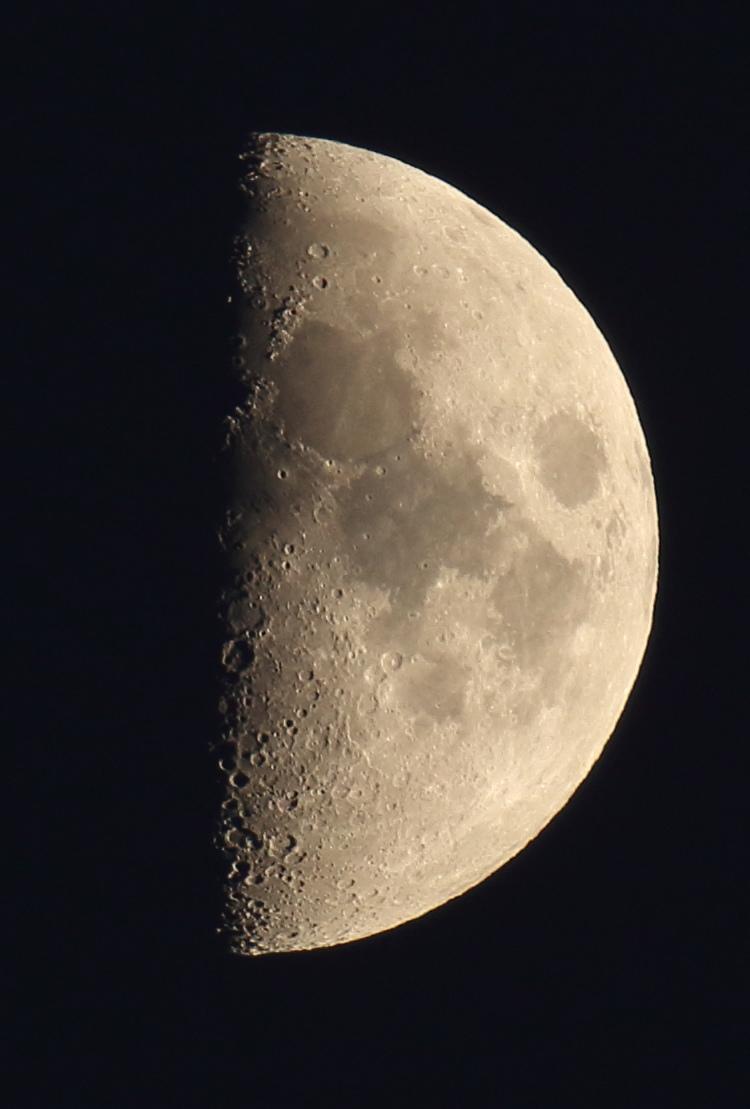 la lune le 04/11/2019 (43965rawjpeg)