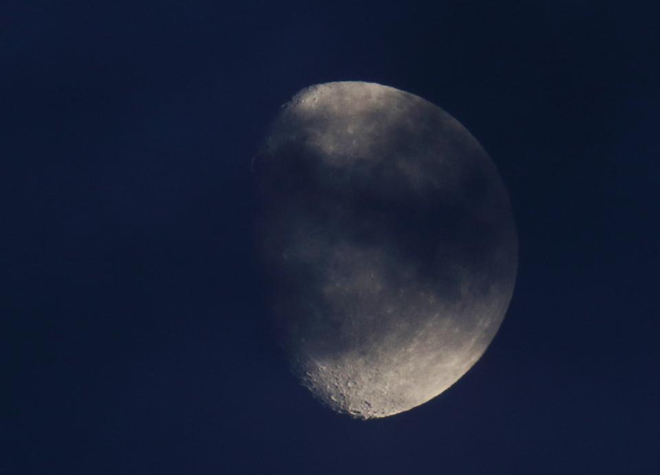 la lune le 07/11/2019 (44052rawjpeg)