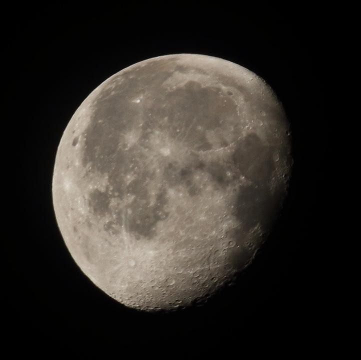 la lune le 16/11/2019 (44507/515rj)