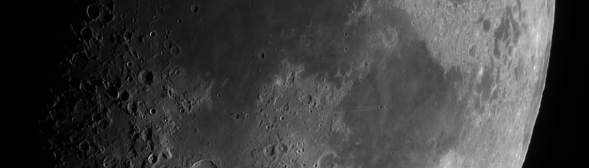 5de89824ec800_Moon_173806_031219_ZWOASI290MM_IR_720nm_AS_P25_lapl6_ap688_stitch.thumb.jpg.27ef70b13d8d64220b498720ce8106fa.jpg