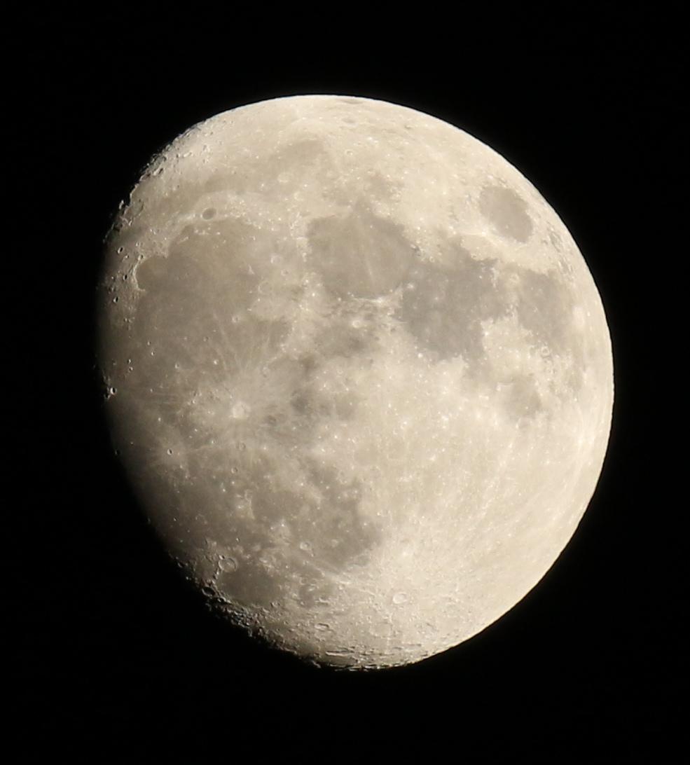 la lune le 08/12/2019 (45244aAI2)