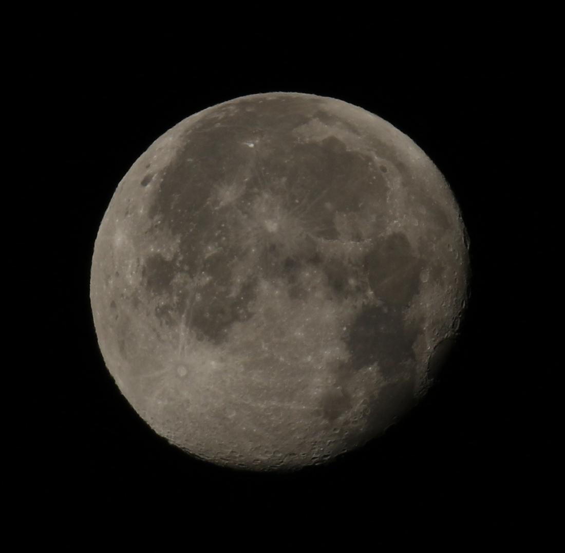 la lune le 14/12/2019 (45440AI1)