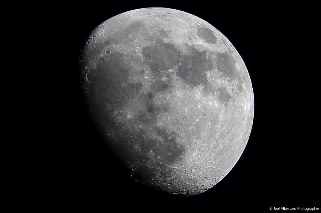 Moon 06.01-2.JPG