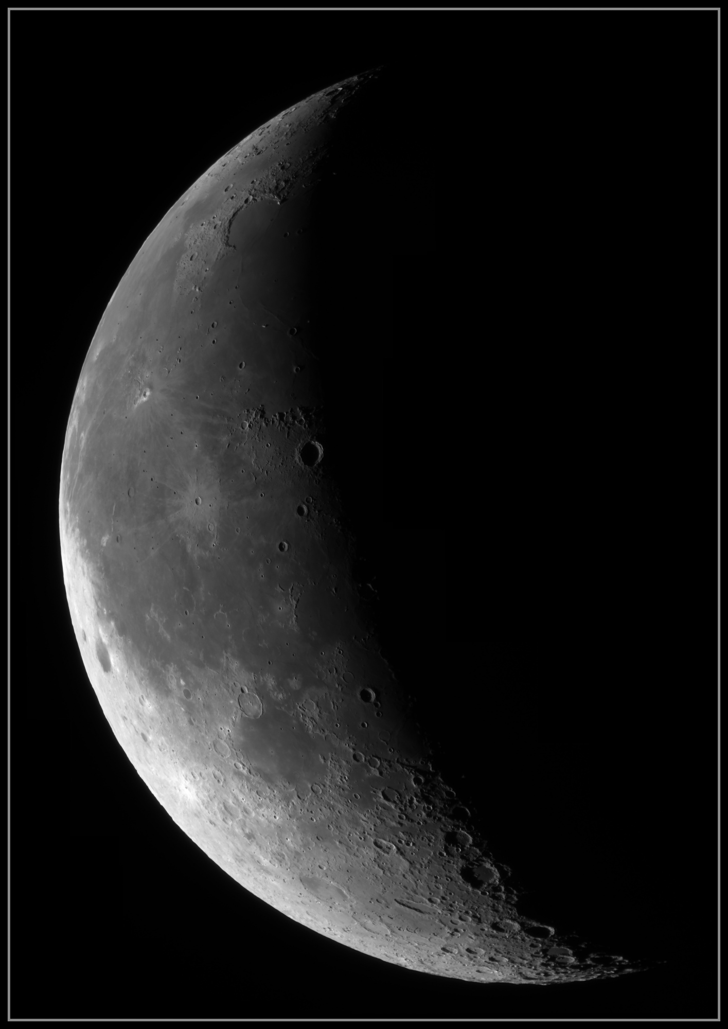 5e28a082b067e_Moon_074606_190120_ZWOASI290MM_IR_742nm_AS_P25_lapl6_ap151_stitch.thumb.jpg.dd6f55a263fccd42fc0bcf90209ef038.jpg
