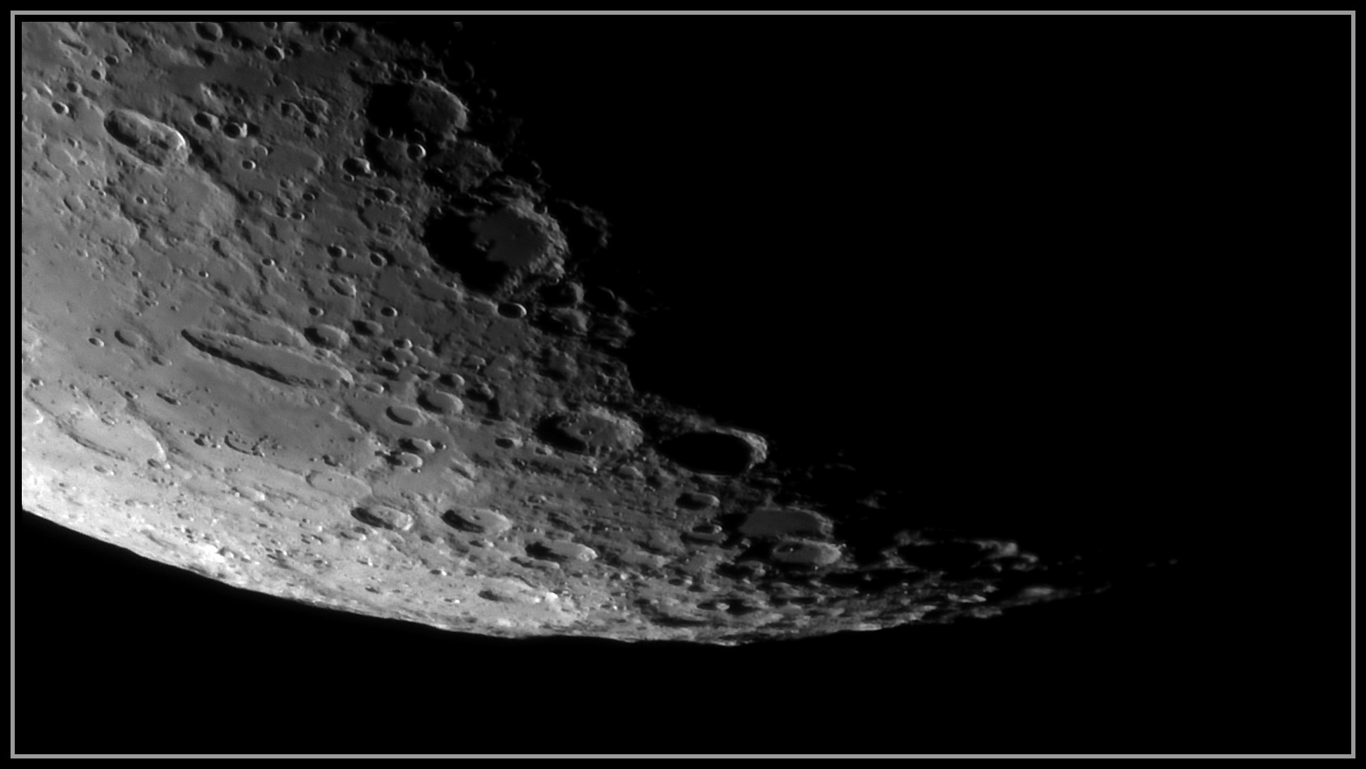 5e28a1982c805_Moon_075022_190120_ZWOASI290MM_IR_742nm_AS_P25_lapl6_ap373.jpg.90fd547feb5a7017e0983907cccd6712.jpg