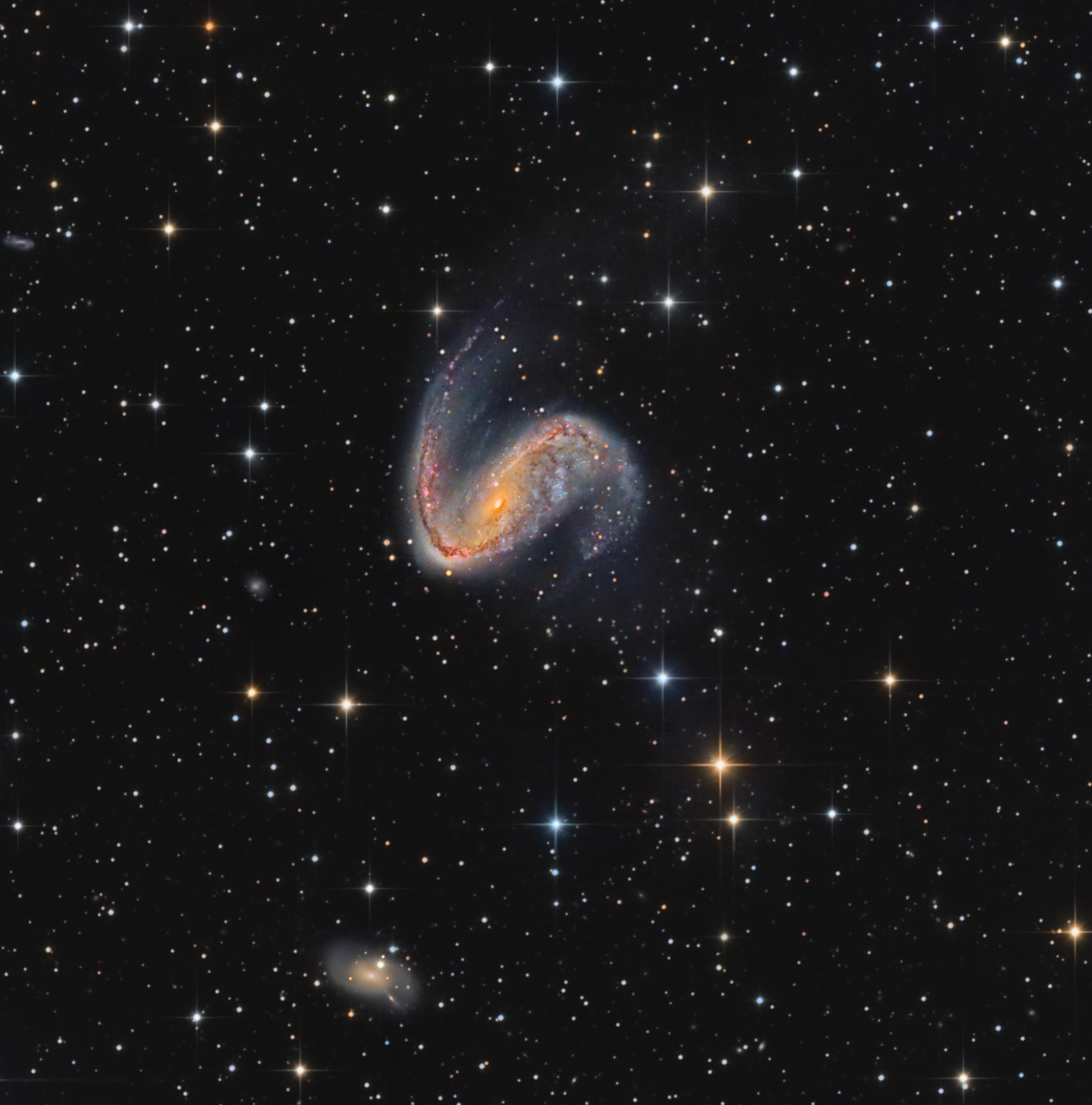 NGC2442_Arnaud_Peel_crop1_1 - Copie.jpg