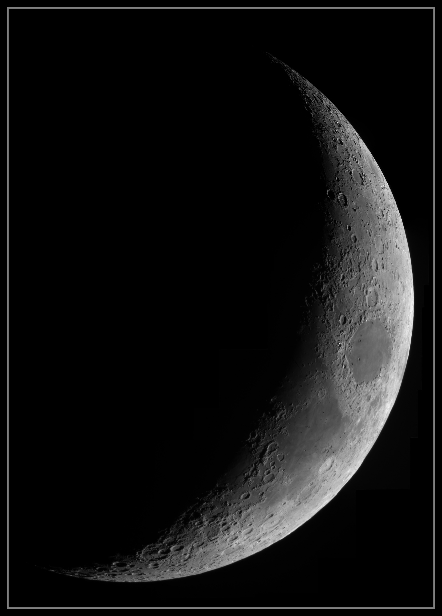 5e346cc3aee0d_Moon_184844_290120_ZWOASI290MM_IR_742nm_AS_P25_lapl5_ap56_stitch.thumb.jpg.ee473d8aba0d13145545ffb079fc7c5e.jpg