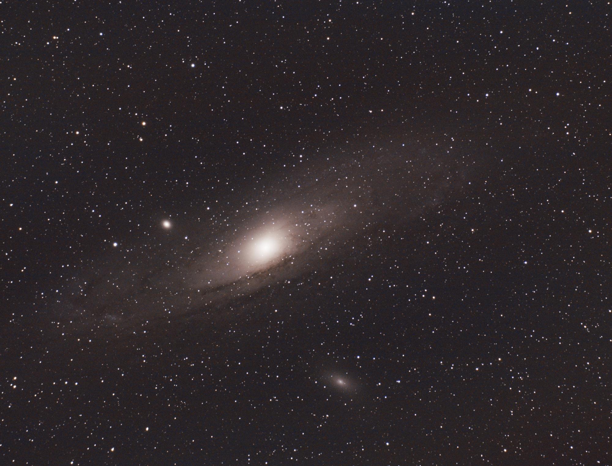 M31_ESSAI8.thumb.jpg.bced4c99e7b65048cb1c7dcc8c4a4f38.jpg