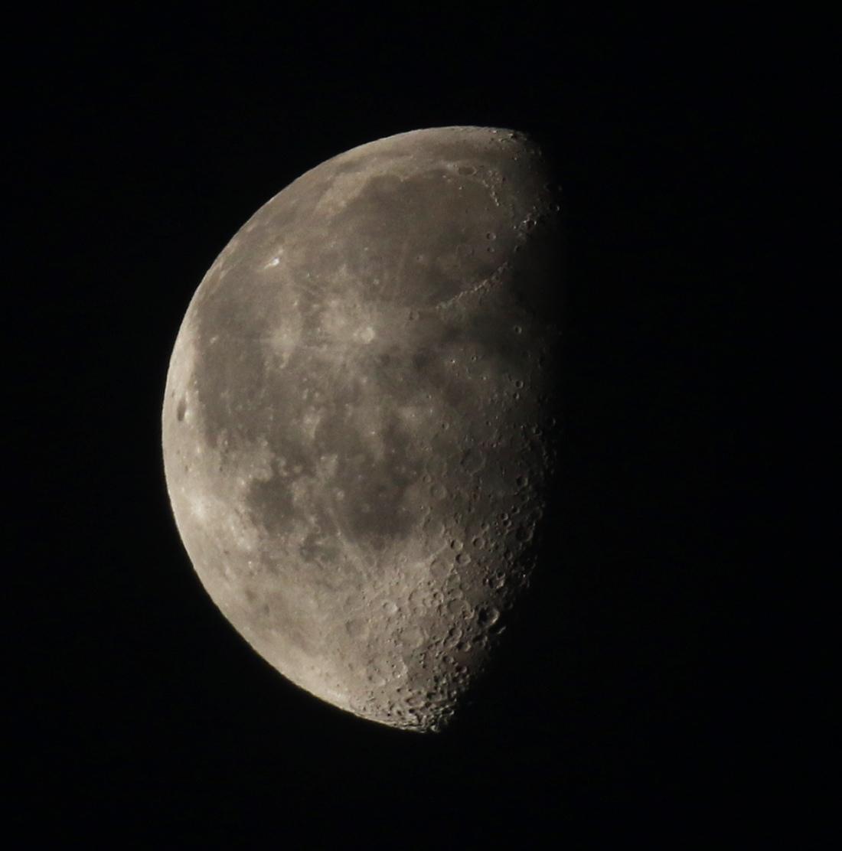 la lune le 16/01/2020 (47401/723)