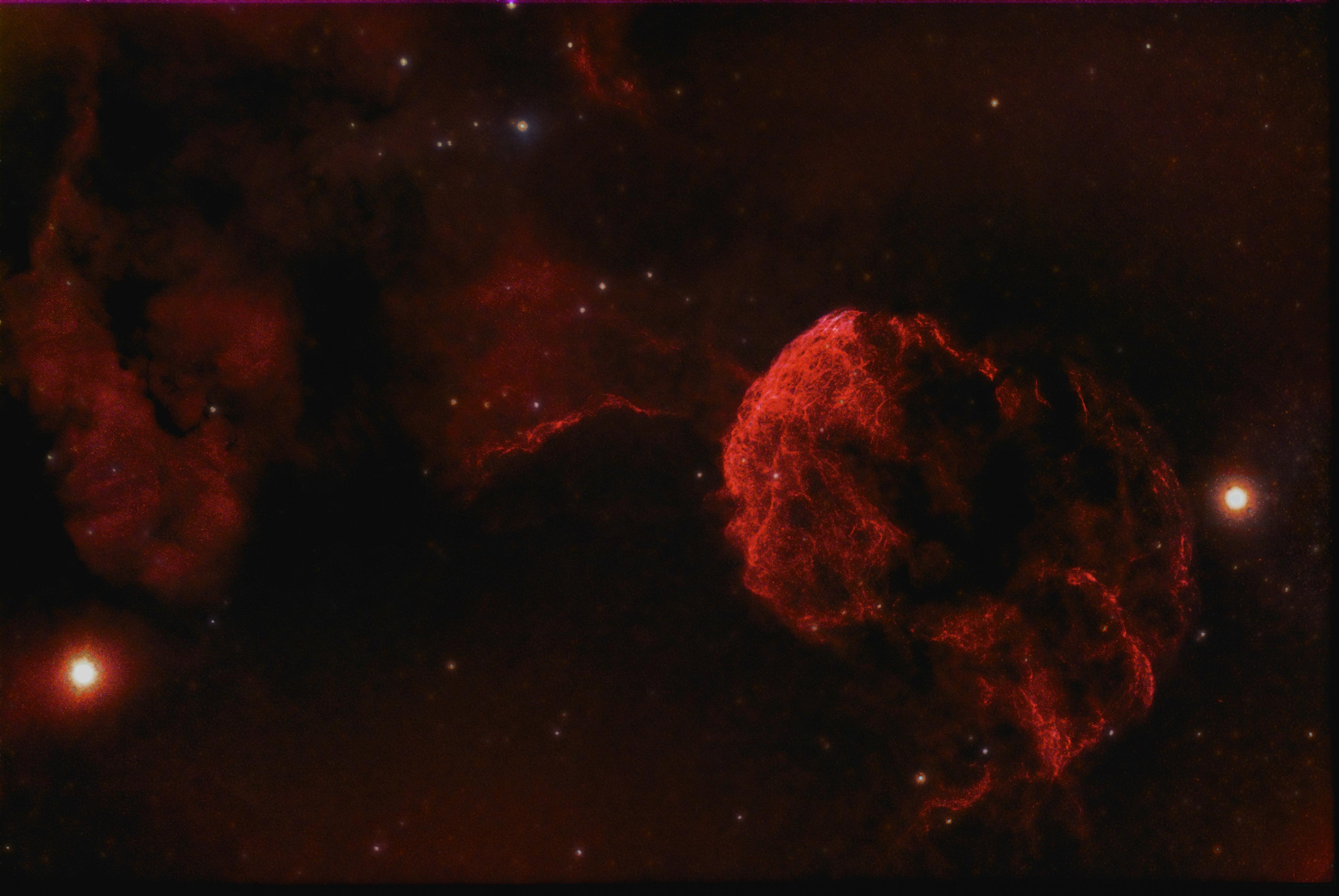 IC 443_ la meduse.jpg