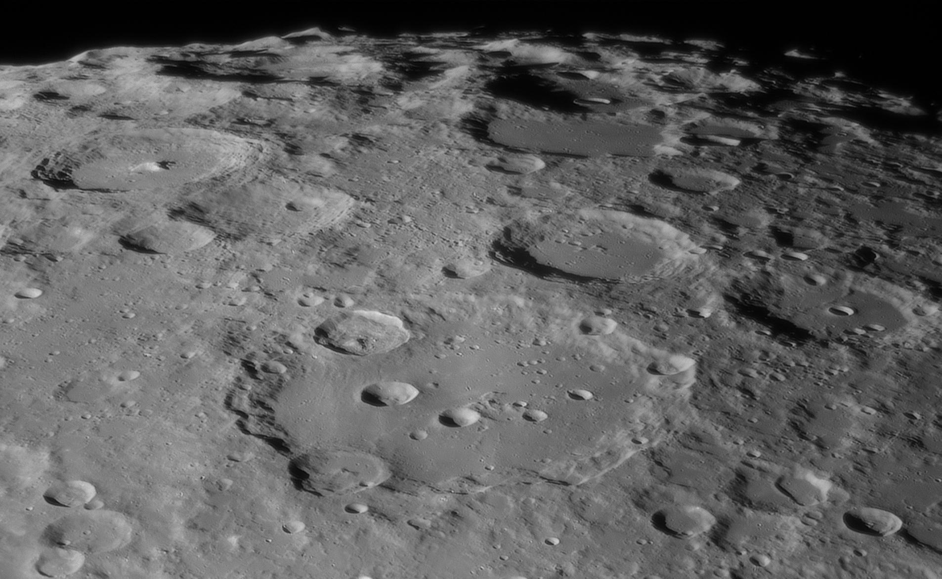 lune_clavius_6janvier2020_20h55tu_2.jpg.ab2b6392ca20c40e8dc5456008ae3689.jpg
