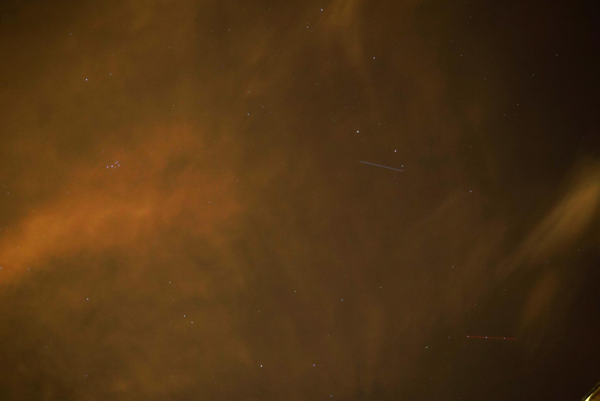 starlink-u-180120-18h13m14-35mmf4bsb-4s.thumb.jpg.047ff970a4e0ece6fa25f5348c181ea8.jpg