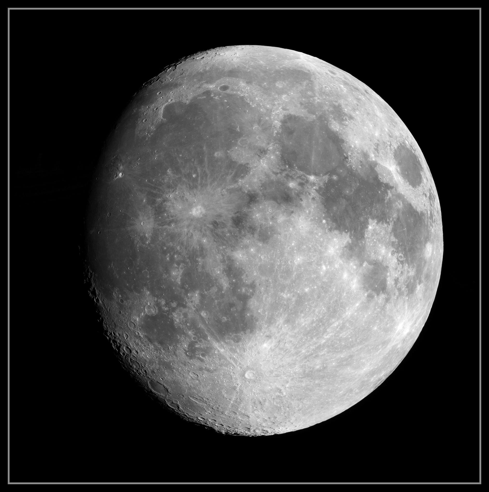 5e3ef5070f618_Moon_212734_060220_ZWOASI224MC_RGB_AS_P15_lapl3_ap942_stitchbasemono.jpg.4dda1398c57c426cc66ff38f39f780c6.jpg