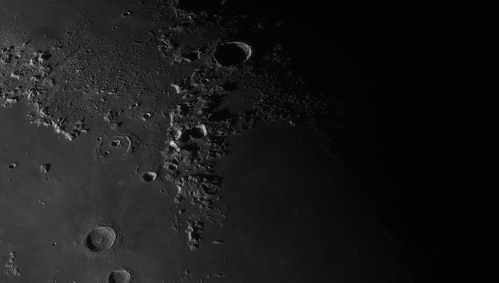 5e5194c21a193_Moon_055221_160120_ZWOASI290MM_Rouge_23A_AS_P35_lapl6_ap644_AI_Deconvolution_3--.jpg.0884f758cd533ff3c2aaa6bb777521ba.jpg