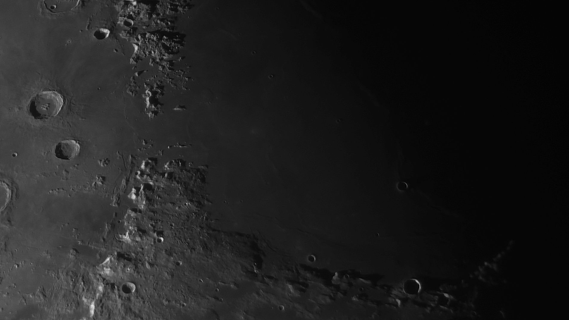 5e51952696797_Moon_055025_160120_ZWOASI290MM_Rouge_23A_AS_P35_lapl6_ap713_AI_Deconvolution_8--.jpg.1b5b043a1025d6db67b0f45cfbde01e7.jpg