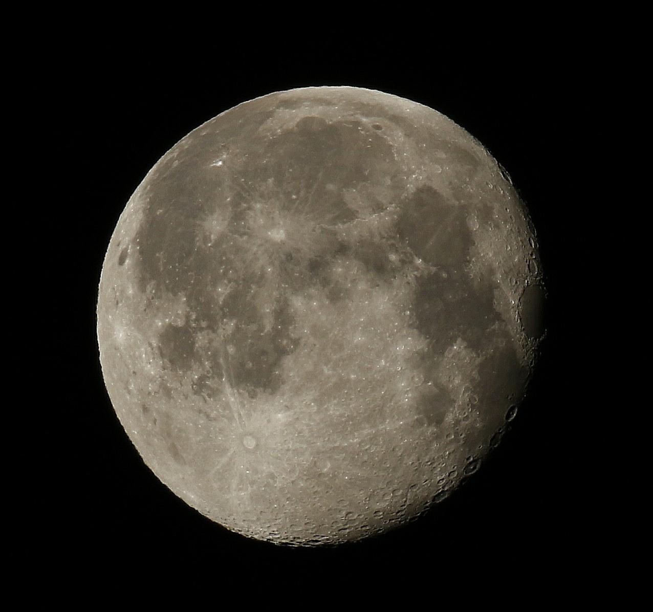 la lune le 11/02/2020 (48928AI1R6)