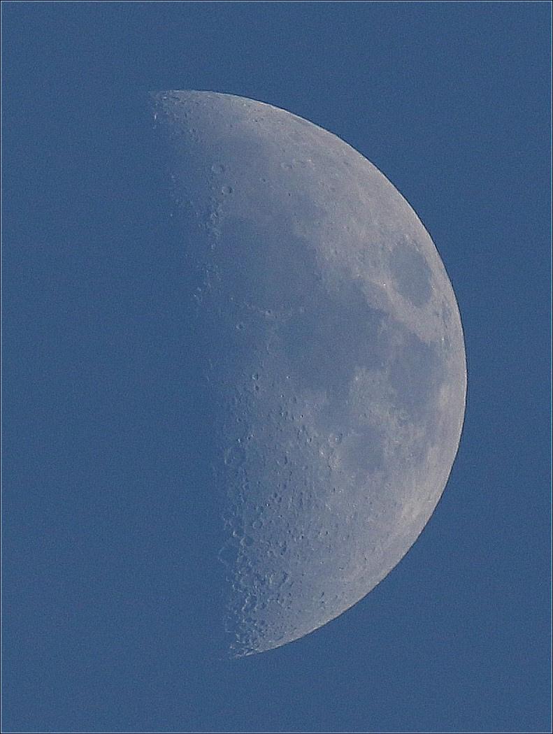 la lune le 01/02/2020 (48006A1c1a)