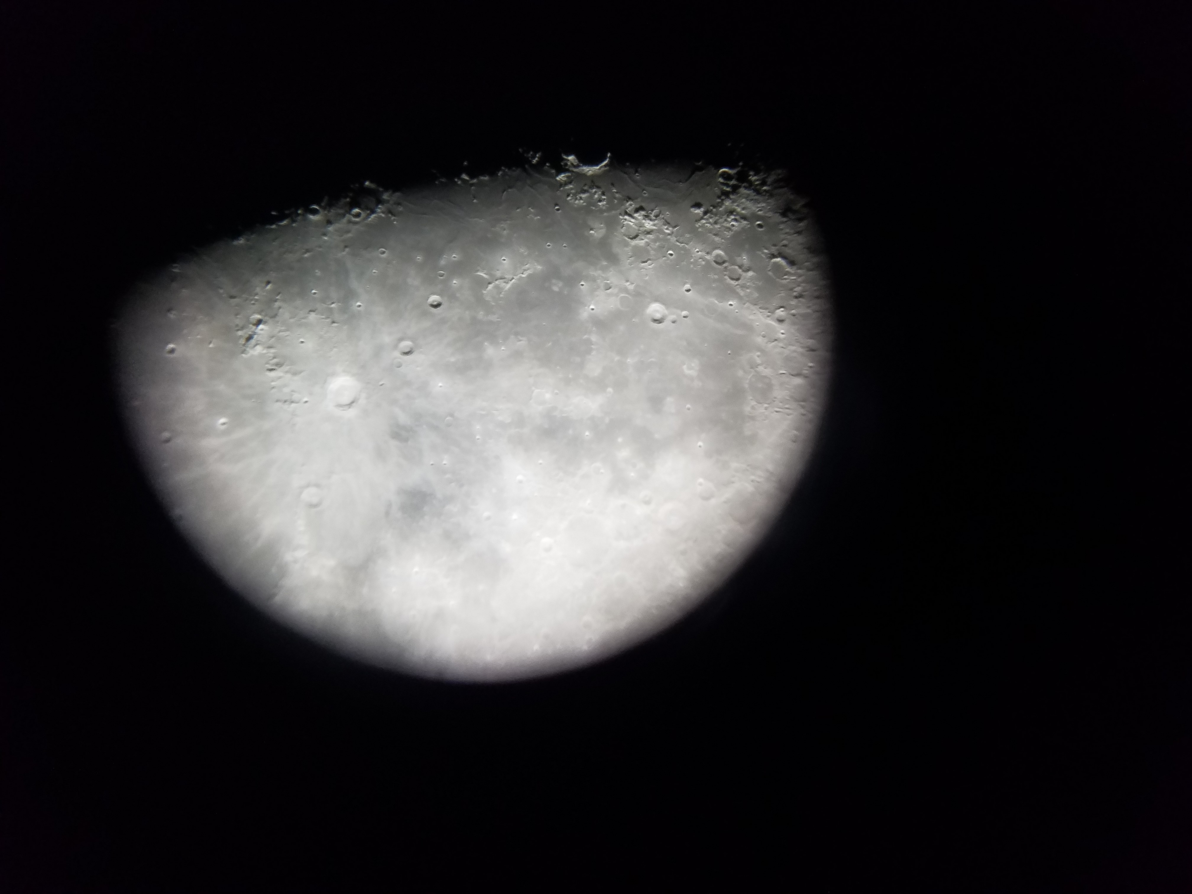 Lune 04-02-2020.jpg