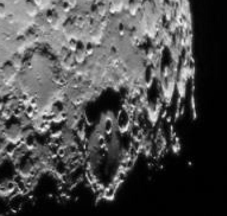 lune-AS.JPG.fe9628709b20840ff5632ac22c858ea1.JPG