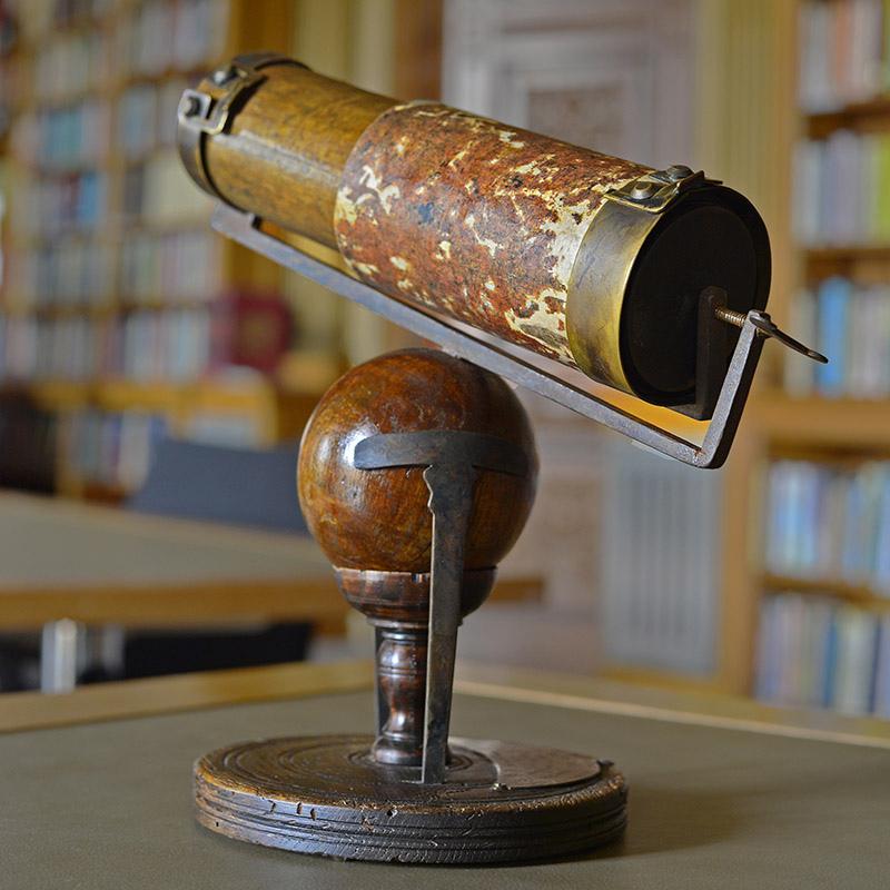 Télescope de Newton 2 S.Brunier bd.jpg