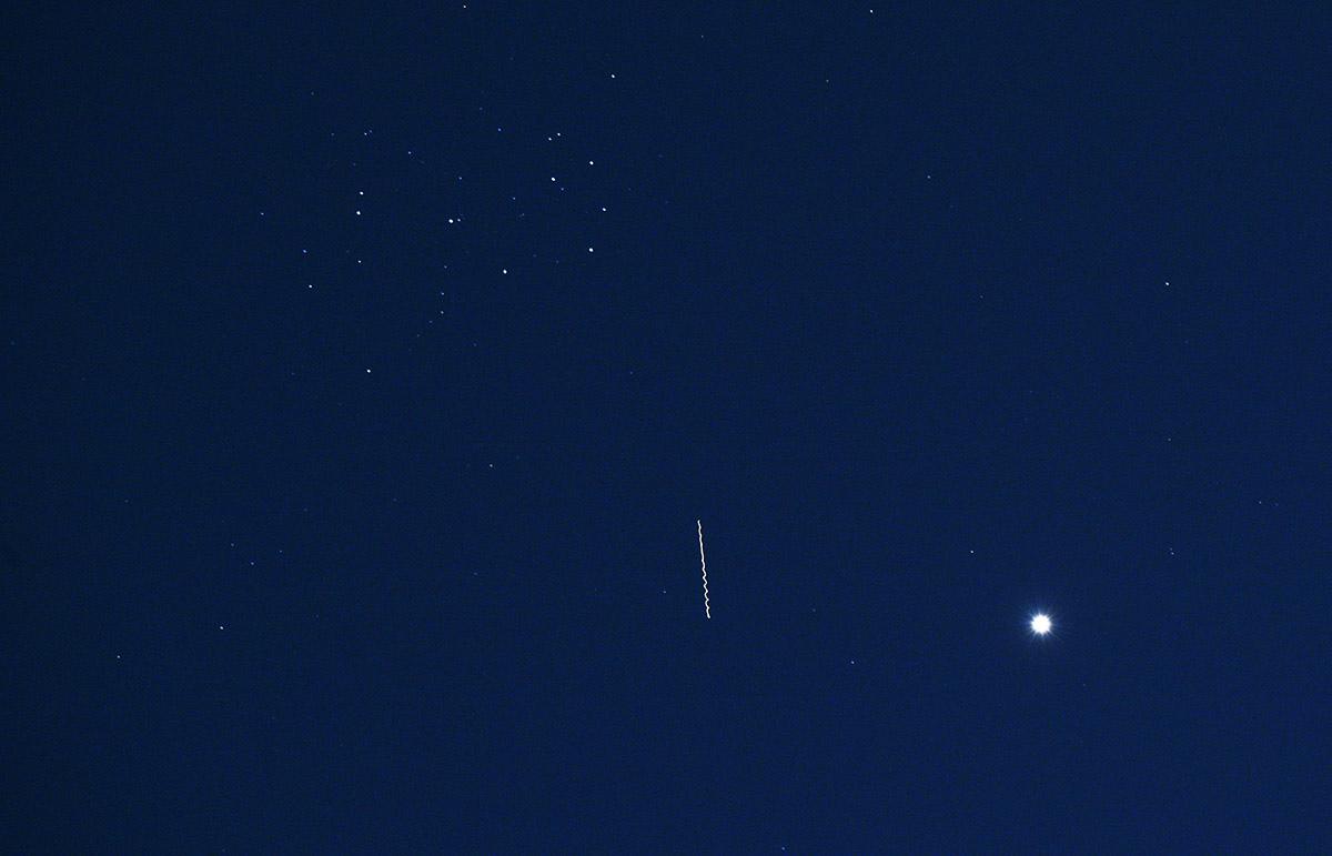 Vénus, M 45 et Starlink TBD.jpg