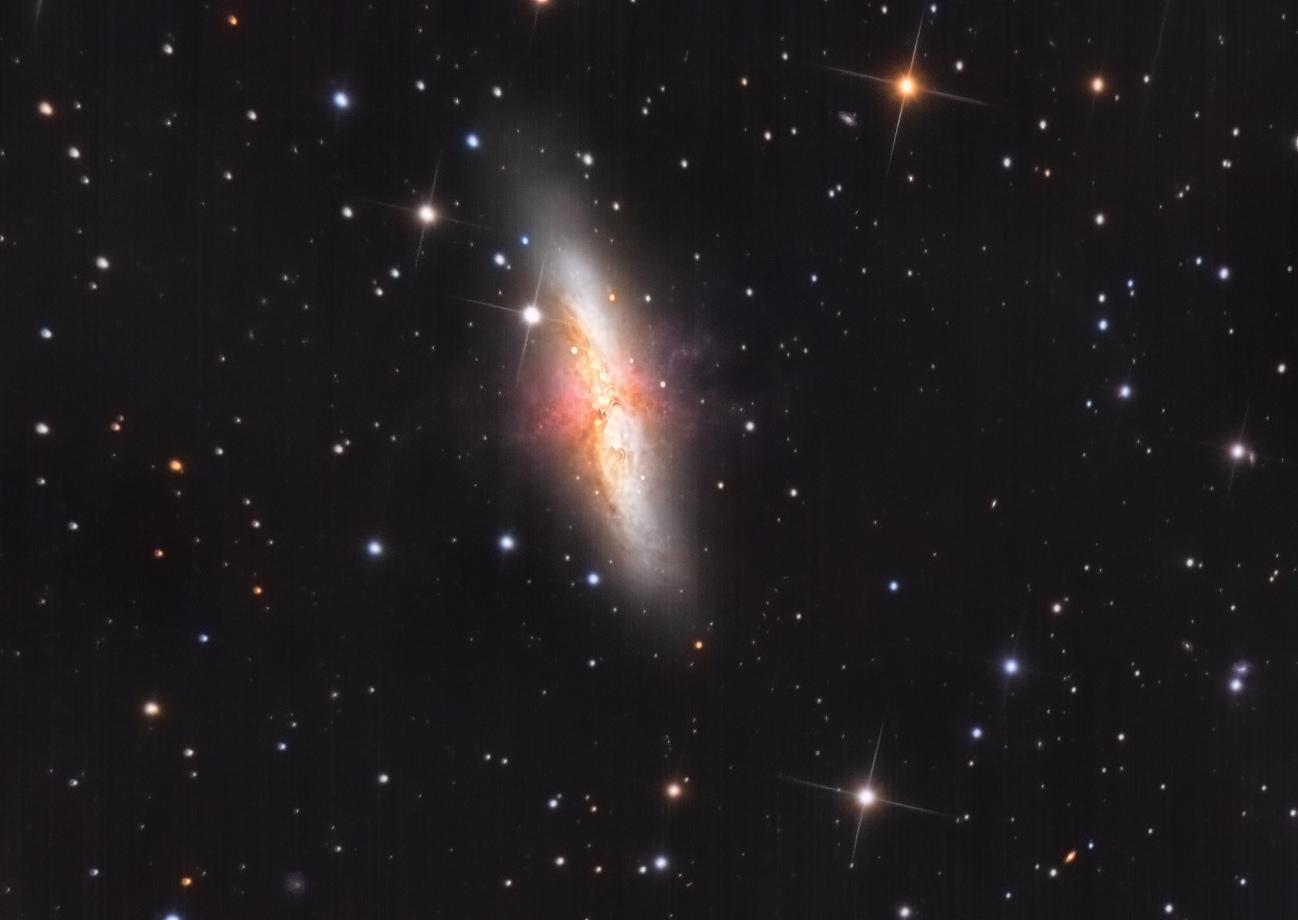 M82_v3_j.jpg.15b3813e5a5955dcc52aa73e98dc6607.jpg