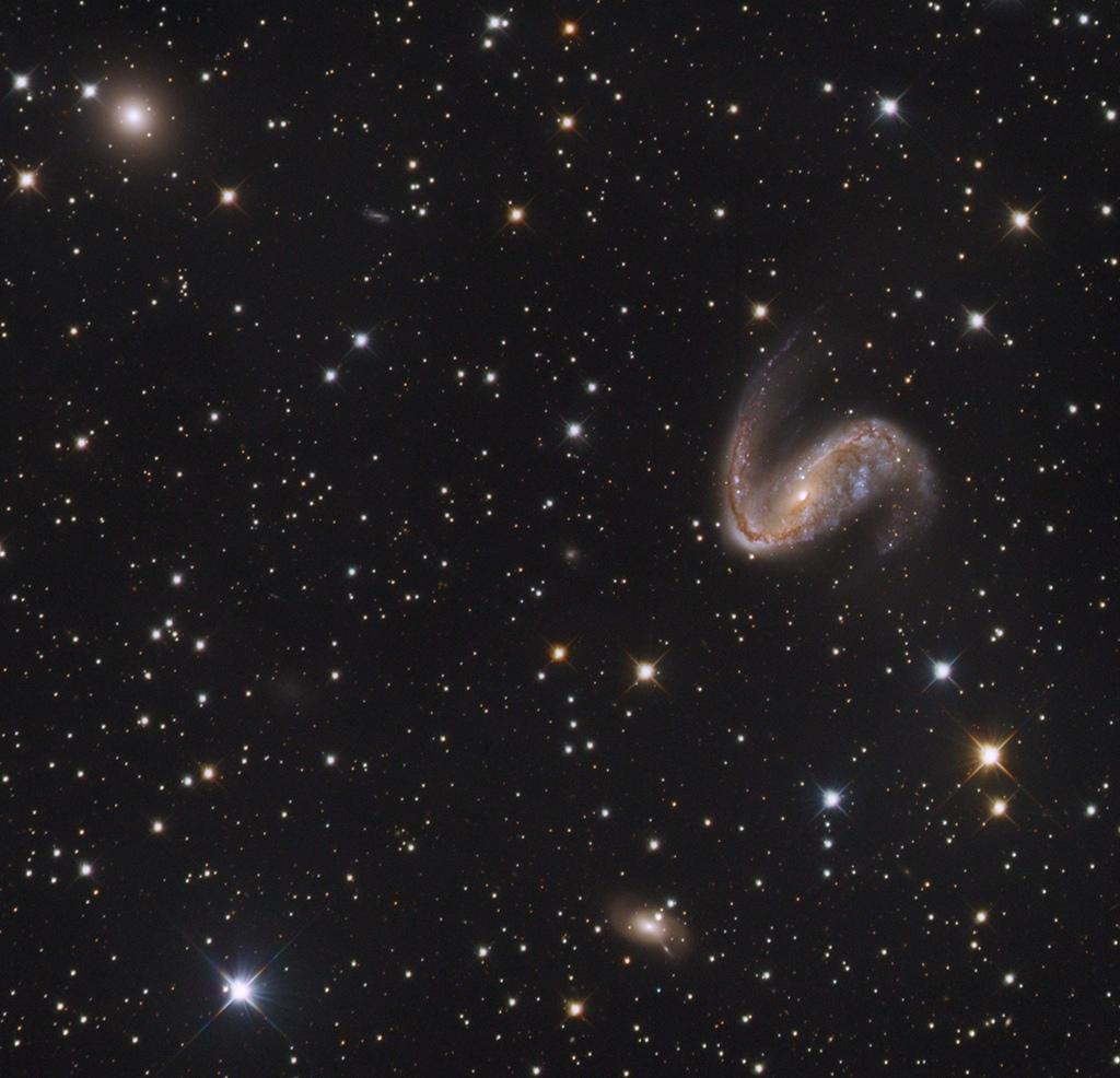 NGC2442_1024.jpg