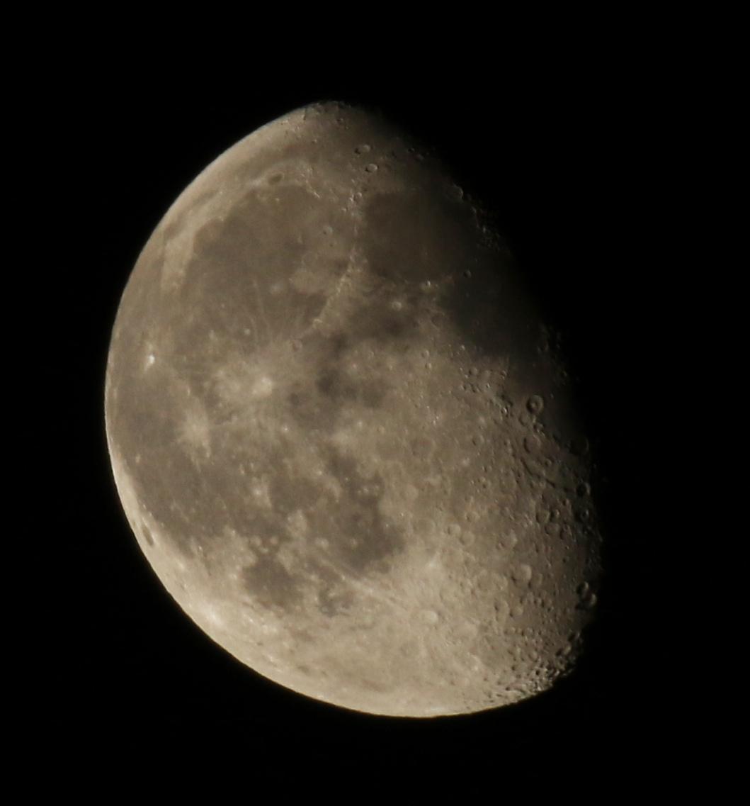 la lune le 14/03/2020 (50173/178)