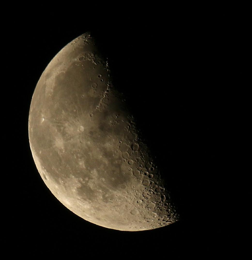 la lune le 16/03/2020 (50212AI1CR61)