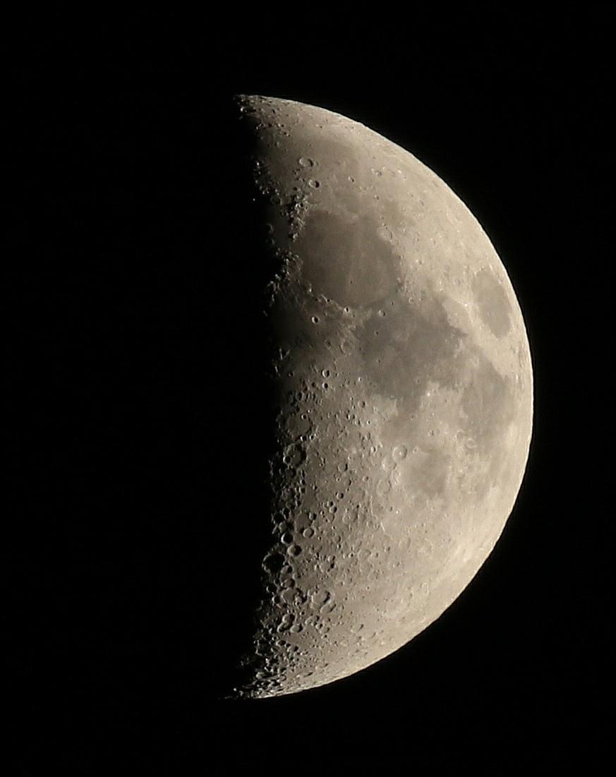 la lune le 31/03/2020 (50658AI1R61)