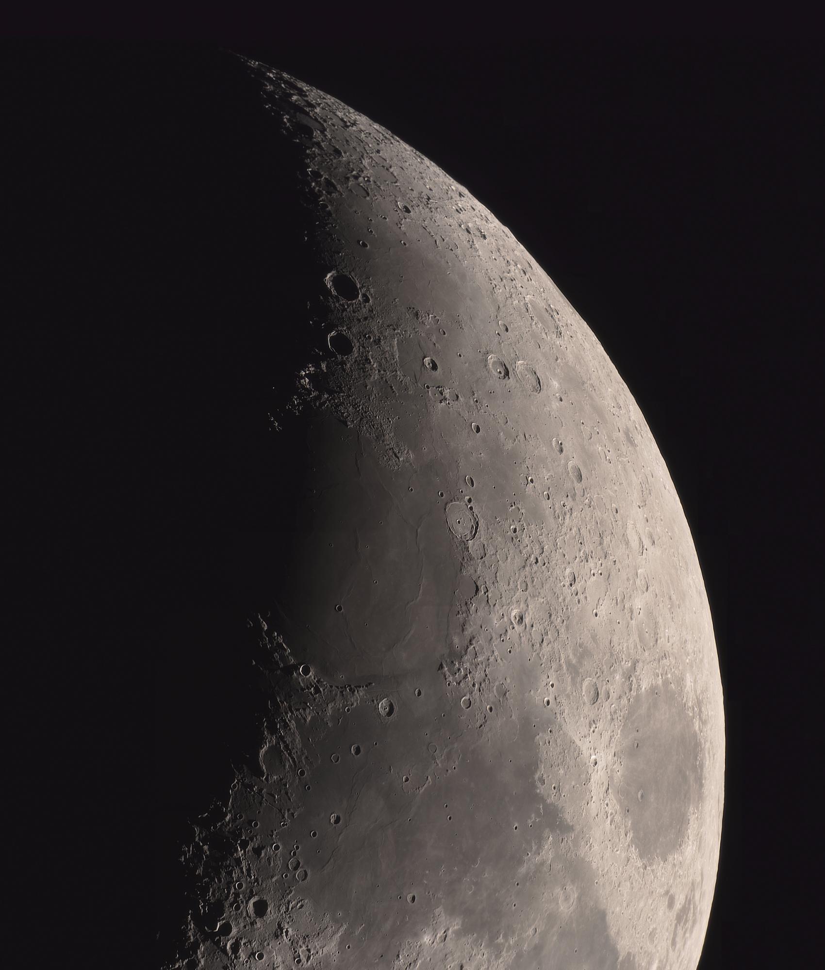 5e8759a4e08b1_lune(40).thumb.jpg.0ac55d1cf7dbad9a6fe5d1677bf846bc.jpg