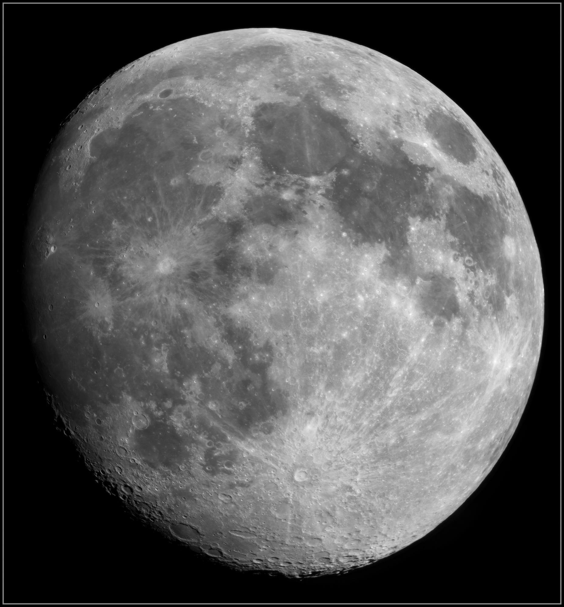 5e8e14e2336ee_Moon_225656_050420_ZWOASI290MM_Rouge_23A_AS_P20_lapl5_ap634_AI_Deconvolution_1-_stitch.thumb.jpg.8e2423426911ae9c30cd473c745d3662.jpg