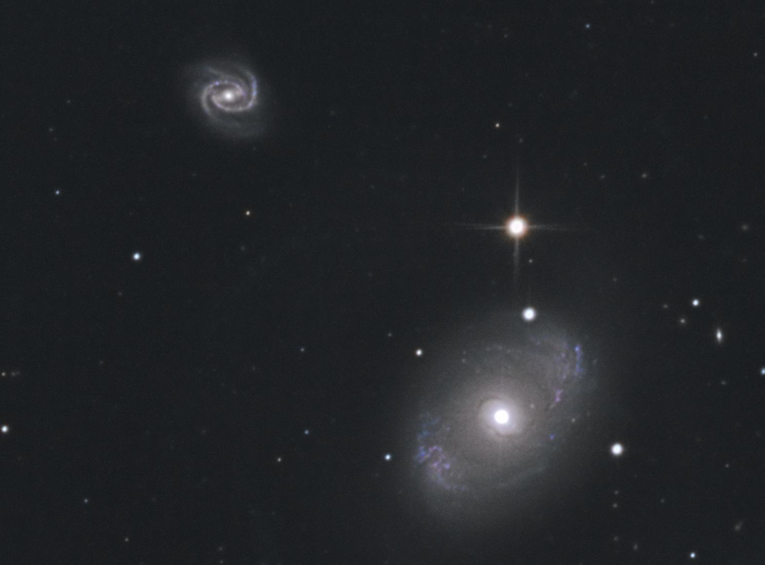 NGC_4151_et_4156.jpg.718df9a4714c2755846575217063102a.jpg