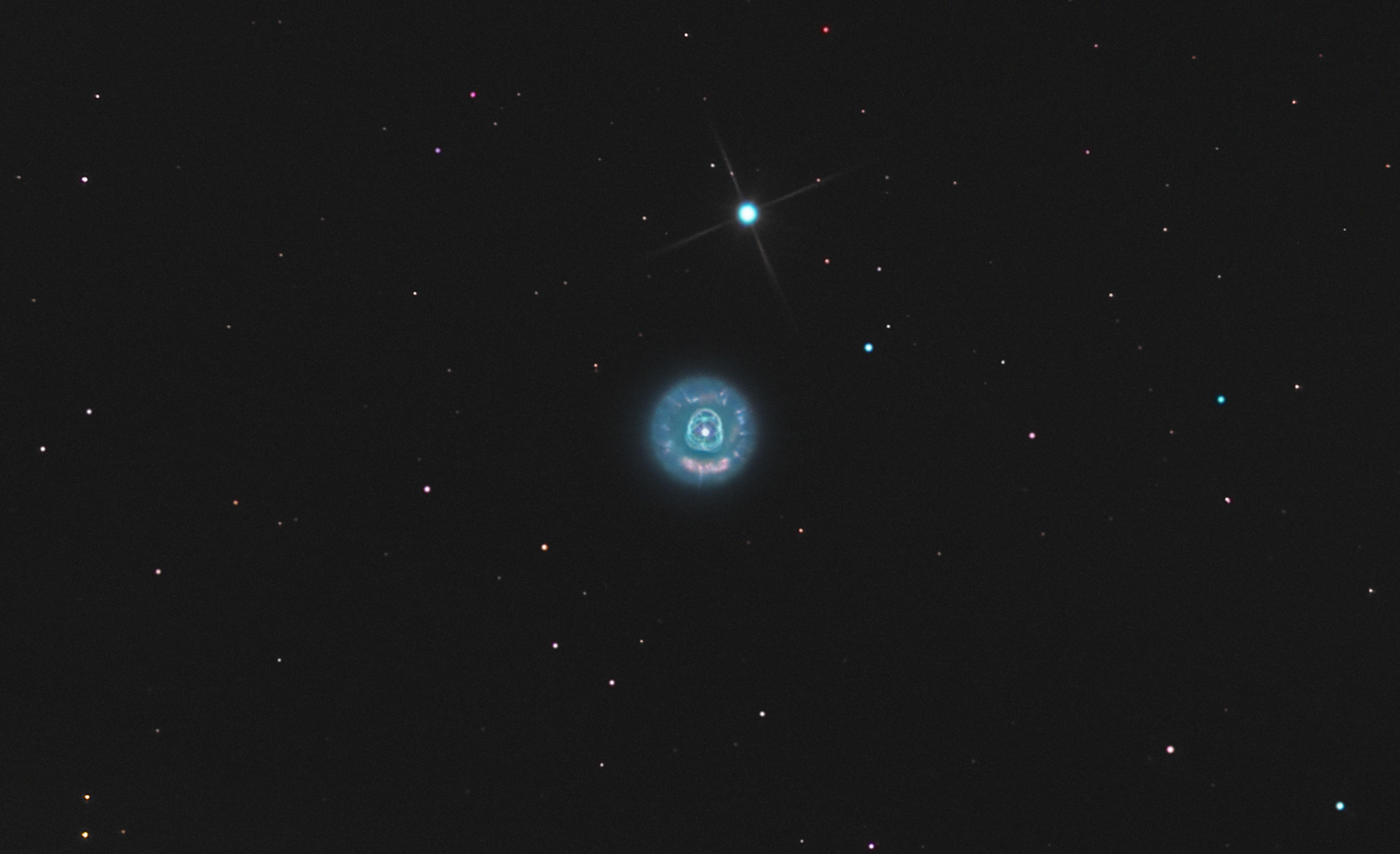 NGC 2392, le clown ou l'eskimau