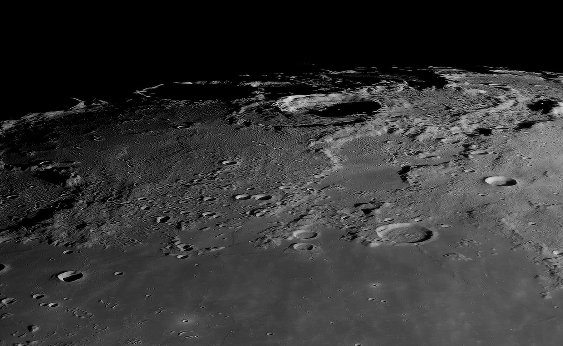 Philolaus au C14, le 4 Avril 2020: 225 images, caméra 174MM, Baader FFC, ADC Pierro Astro, filtre Astronomik orange 2c