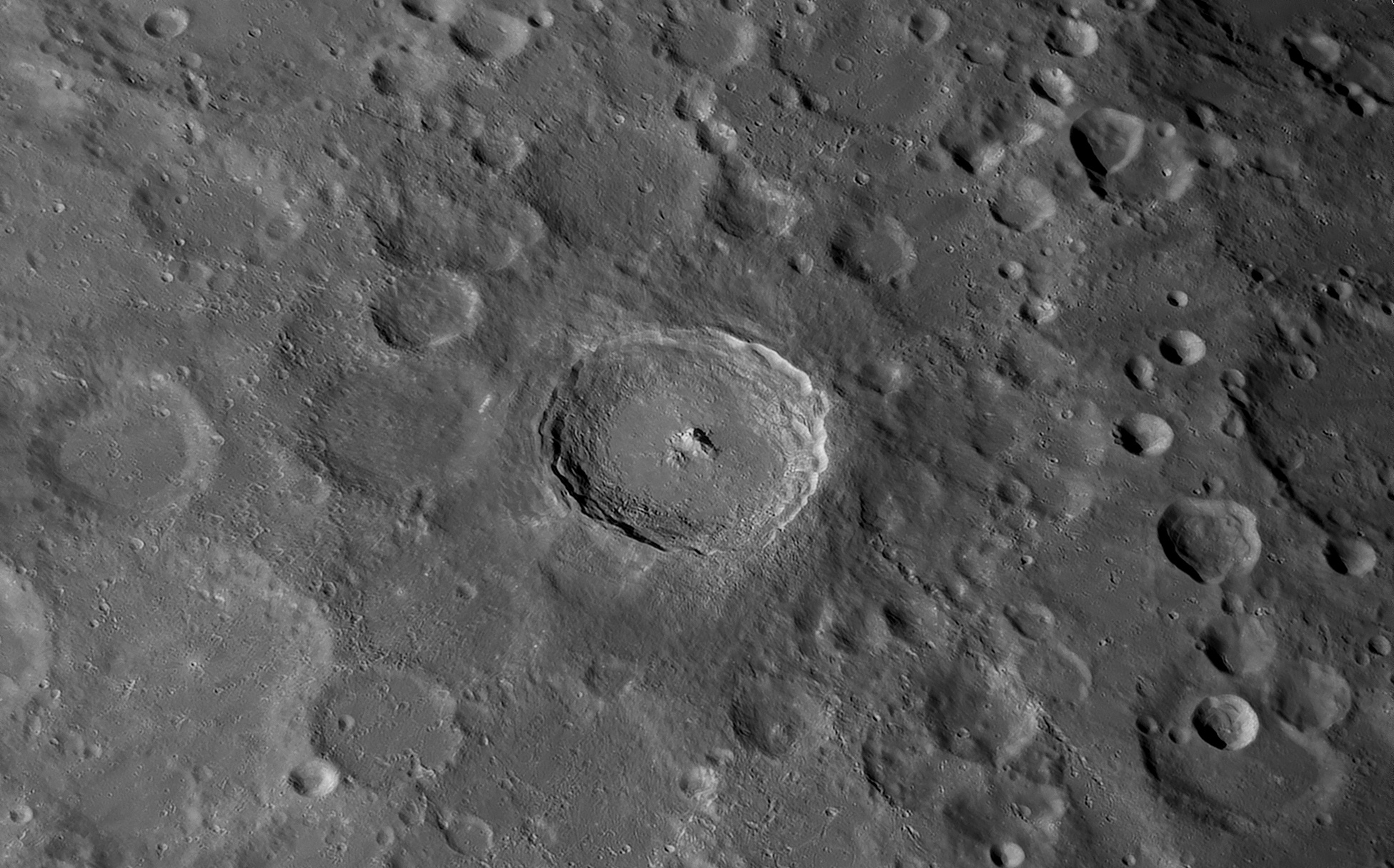 Tycho au C14, le 4 Avril 2020: 700 images, caméra 174MM, Baader FFC, ADC Pierro Astro, filtre Astronomik orange 2c