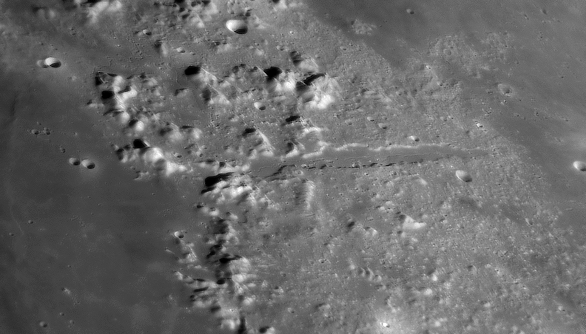large.moon_03_04_2020_CAS-PLATON.jpg.c12765e08963cc9c9a50686526b4f99f.jpg