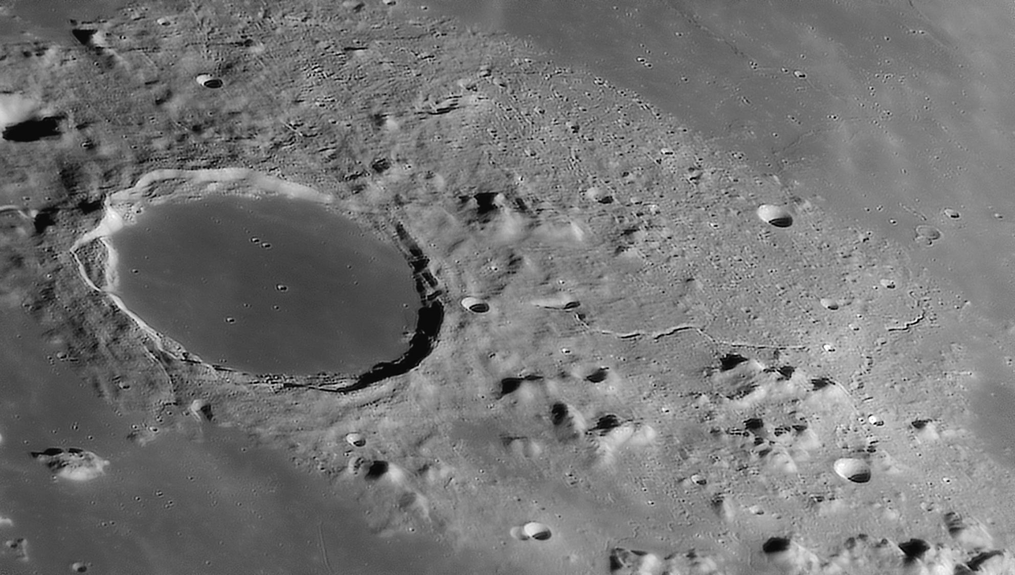 large.moon_03_04_2020_PLATON.jpg.9c3ad1d18a0635ac4d3288c01c4853e7.jpg