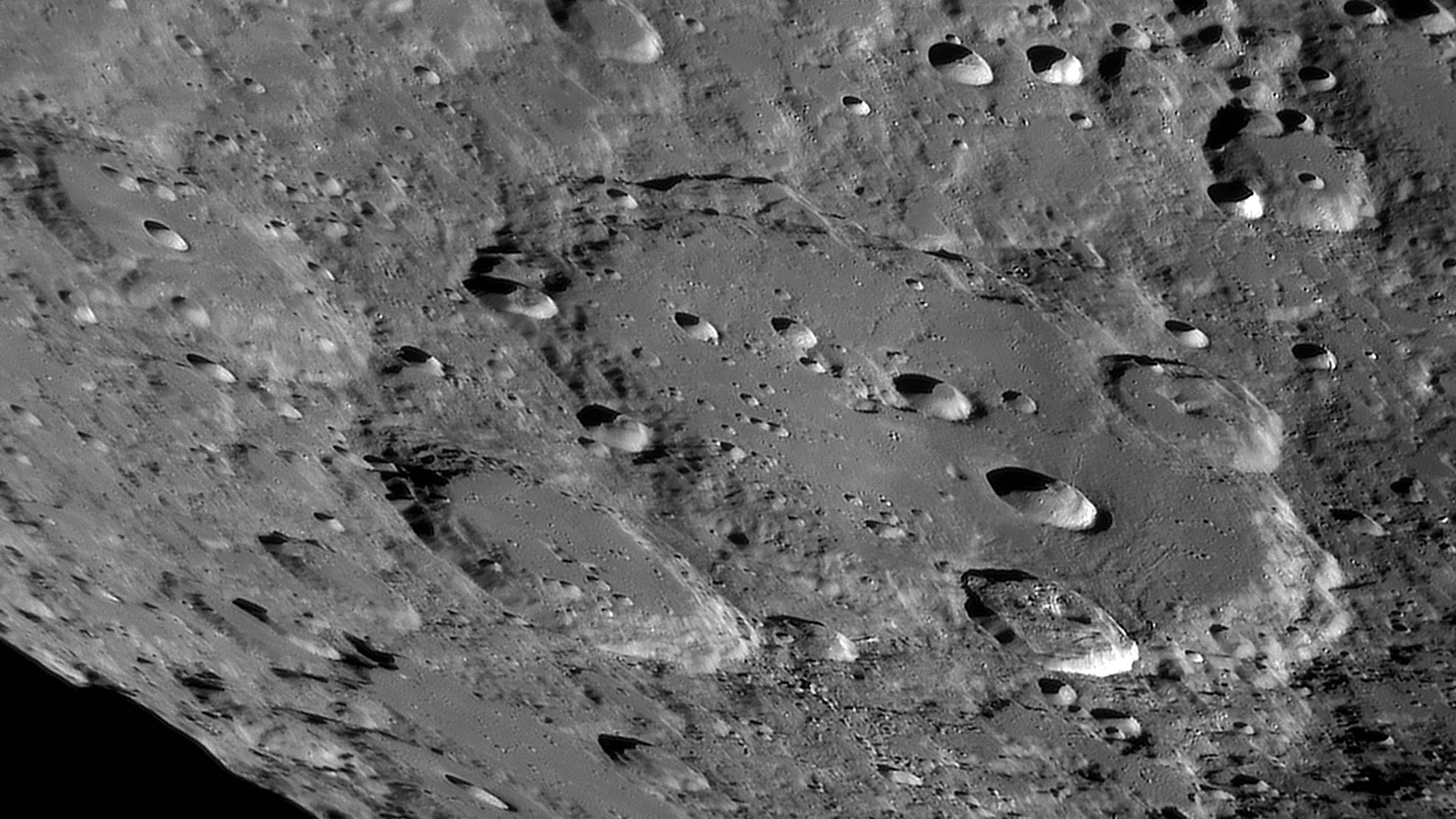 large.moon_23_07_2019_04_22_32_C1.jpg.95d92a3e7f85c4f2a95b925cec1137db.jpg