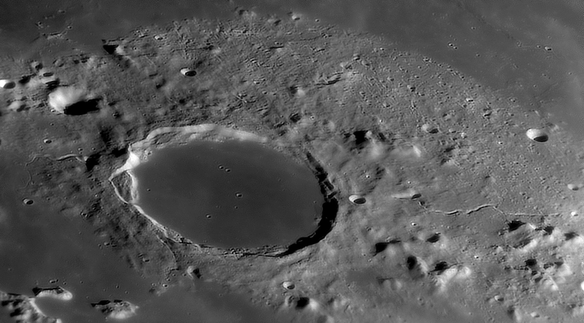large.moon_CAS-03_04_2020_PLATON.jpg.1a57bfe26b24b6893f38903b9945ff5f.jpg