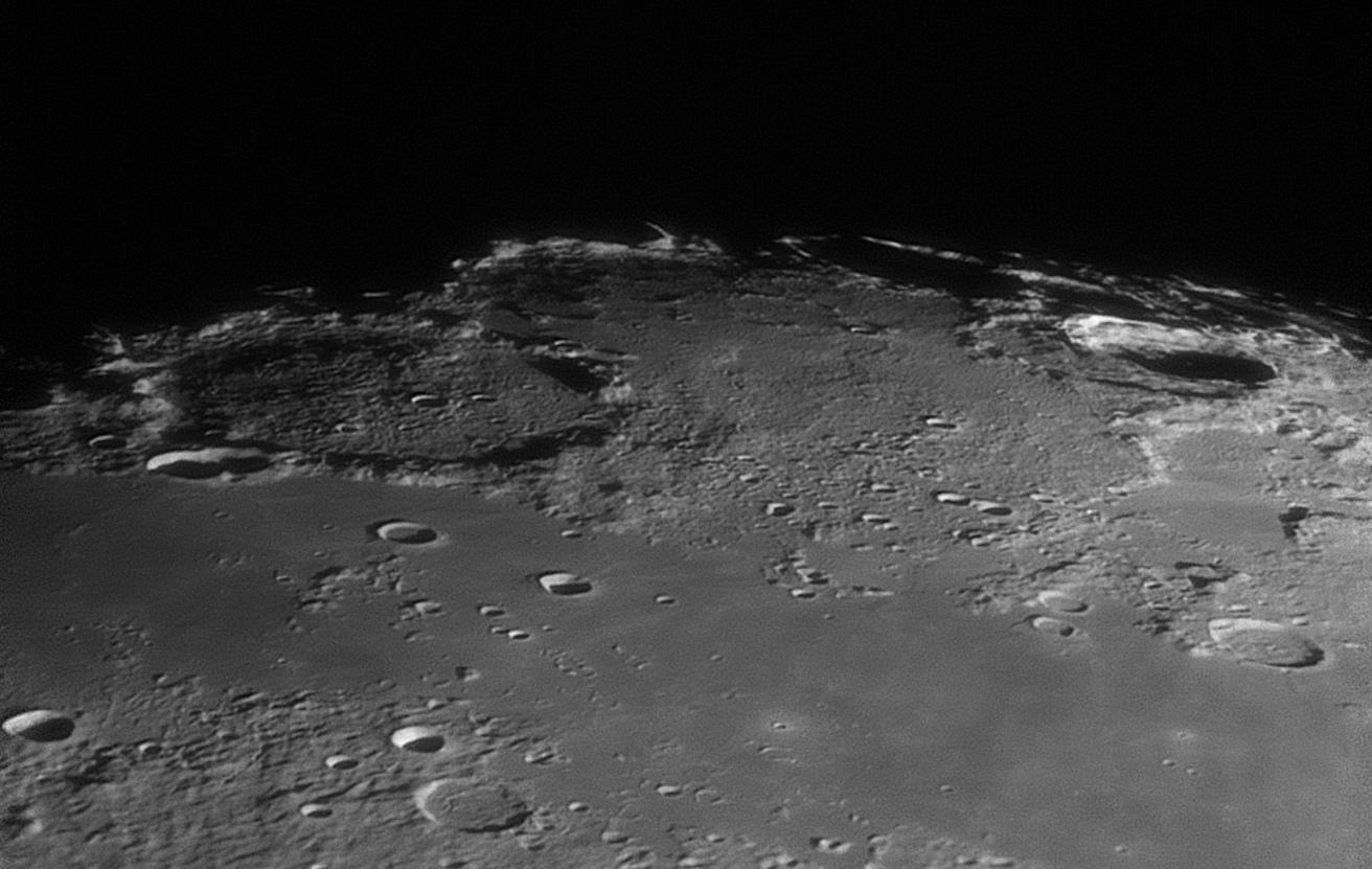 lune.jpg.2227d023efecb1c9b836d21e17be3b89.jpg