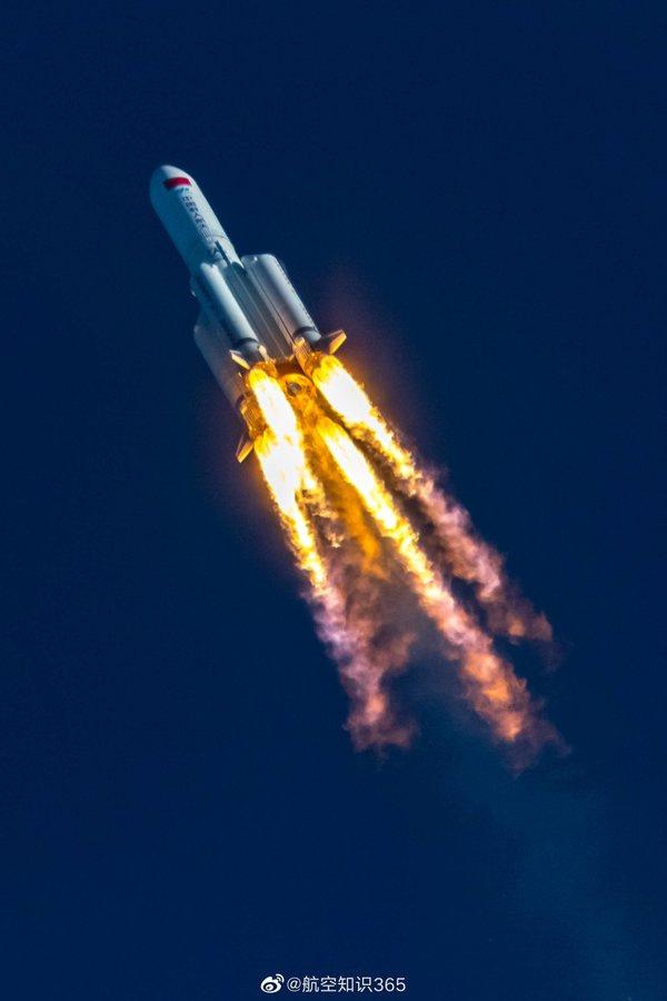 20200505_CZ-5B_Wenchang_launch_04.jpg.e2535ec56dcc216d48875cb358596ea1.jpg